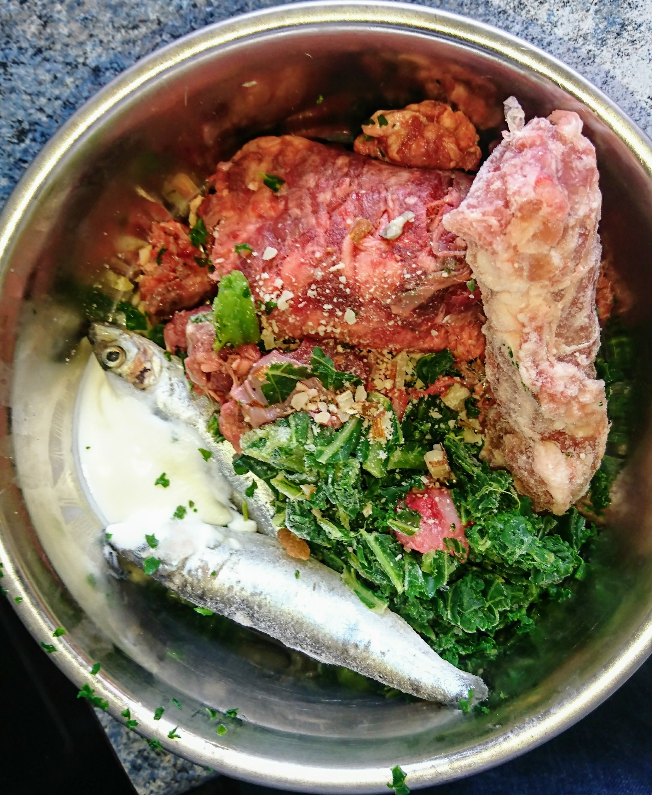 sprats-chicken-neck-kale-fish-yogurt-beef-mince.-