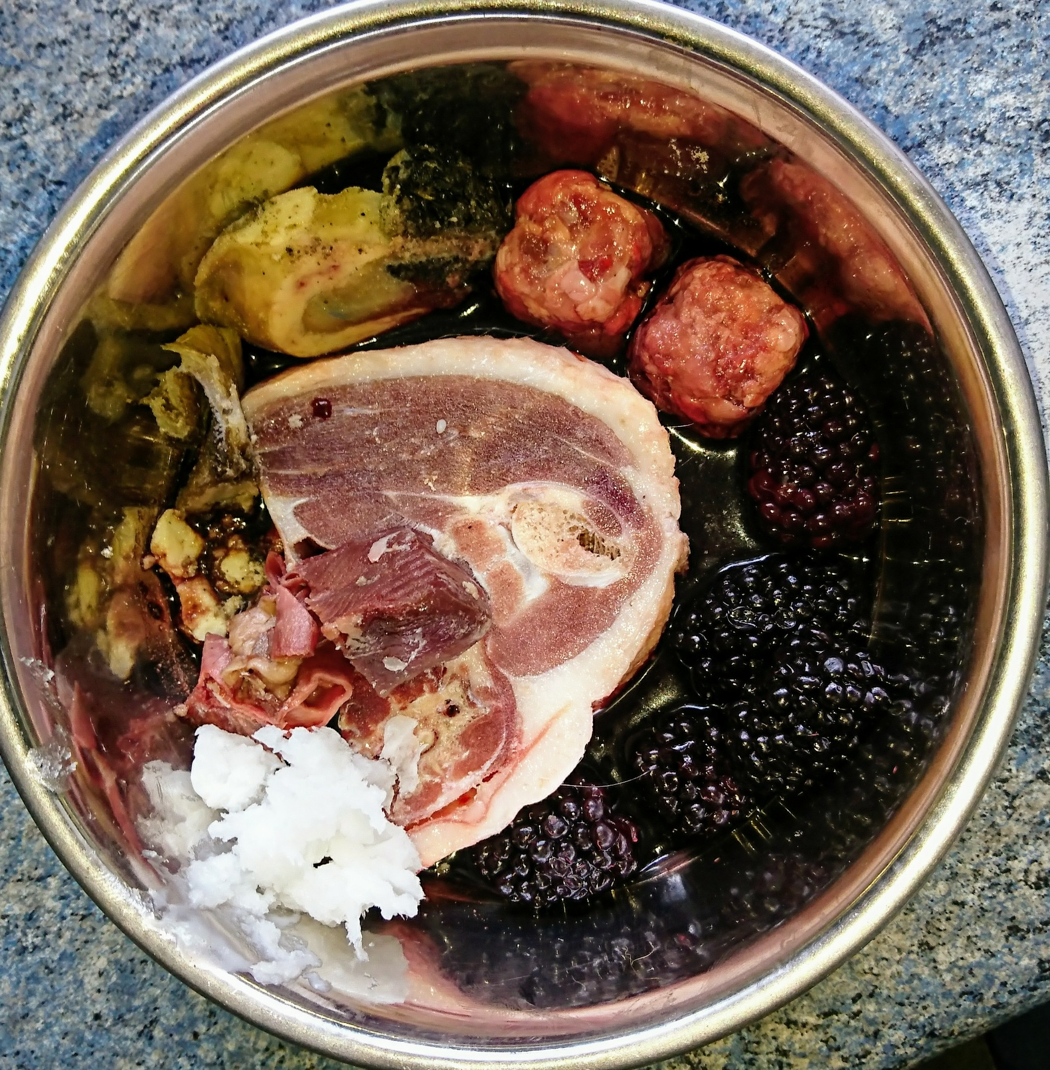 offal-cube-black-berries-duck-chunks-coconut-oil-tripe-chunks.